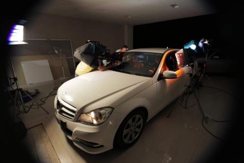 Valentino-Studio-Backstage-17